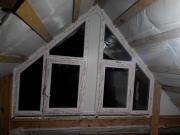 два треугольных окна
